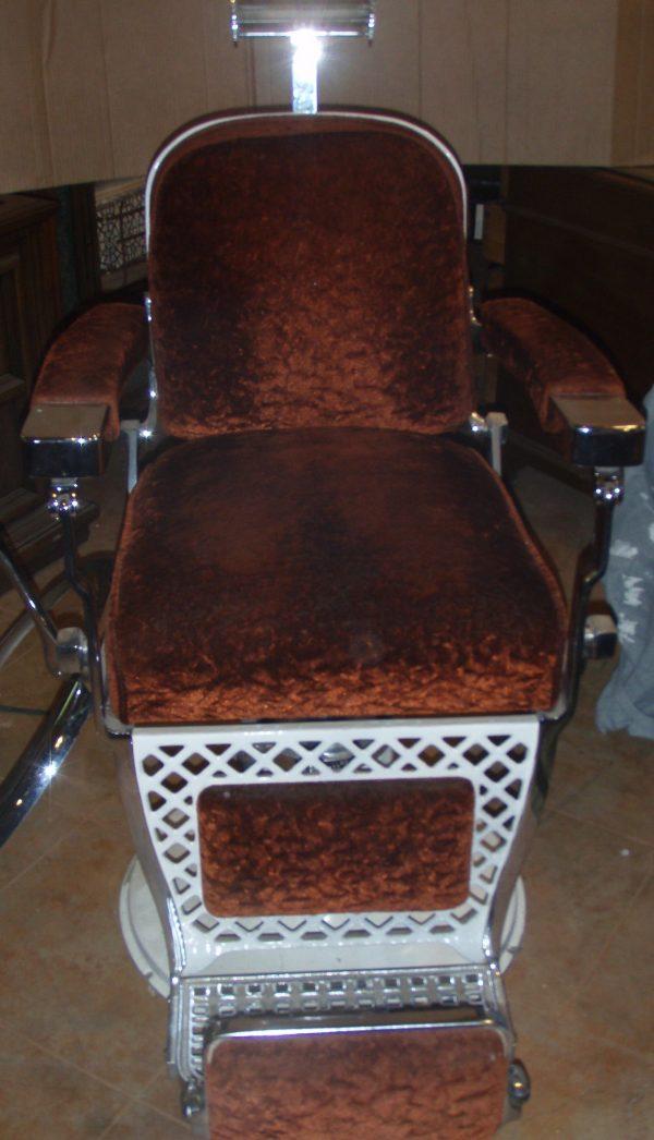 1920s Vintage Emil J. Paidar Barber Chair