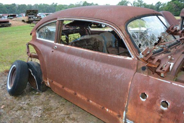 1949 Buick Super Fastback(2dr) *Parts Car*