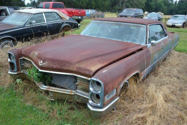1965 Cadillac Sedan de Ville *Parts Car*