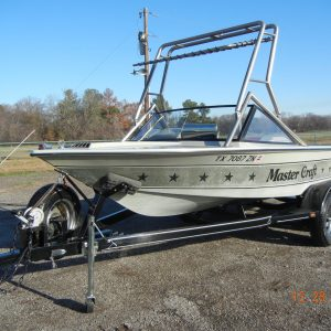 1983 Mastercraft Ski Boat 19ft Powerslot Stars & Stripes